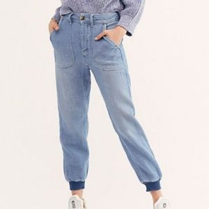 Free People Relaxed Boyfriend Jeans